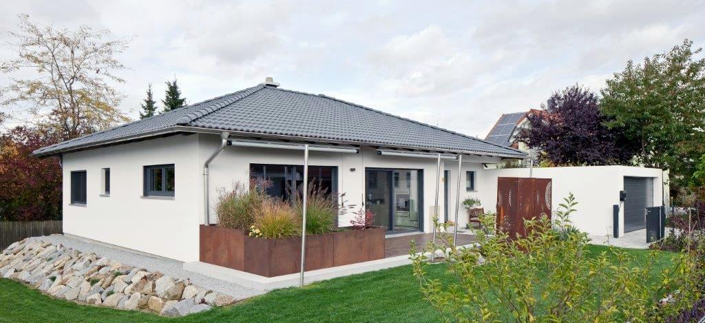 FRIEDL Holzbau GmbH : Holzhäuser, schlüsselfertig natürlich gut